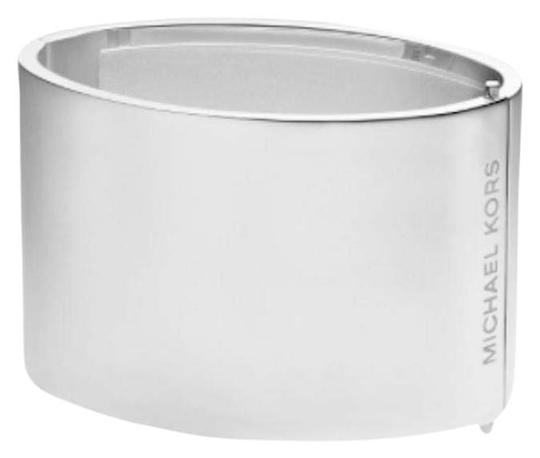 Preload https://img-static.tradesy.com/item/25412311/michael-kors-silver-wide-logo-engraved-cuff-bracelet-0-2-540-540.jpg