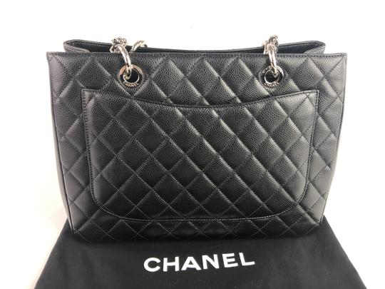 Chanel Caviar Shoulder Bag Image 6