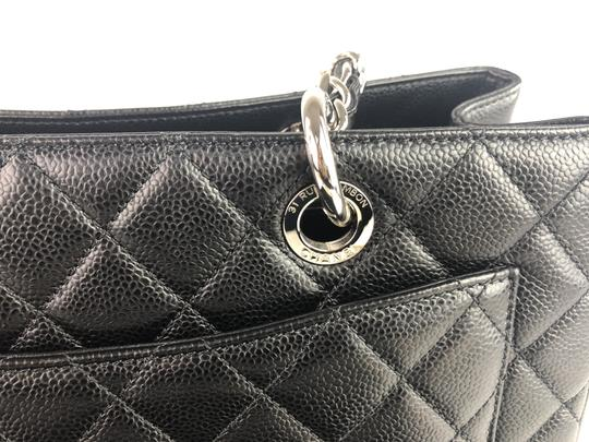 Chanel Caviar Shoulder Bag Image 9