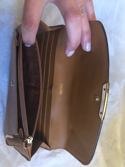 Coach Coach tan leather wallet Image 2