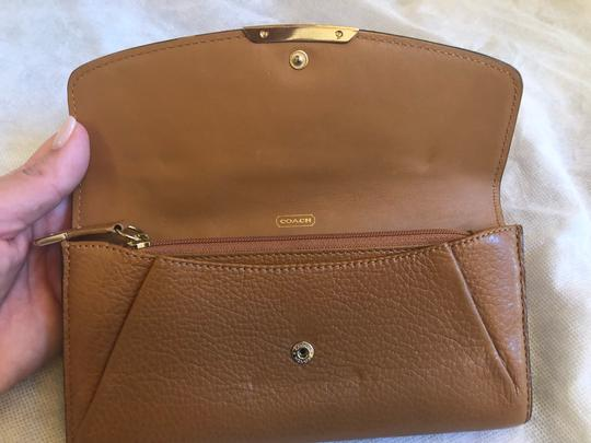 Coach Coach tan leather wallet Image 5