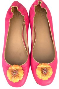 Lilly Pulitzer pink Flats