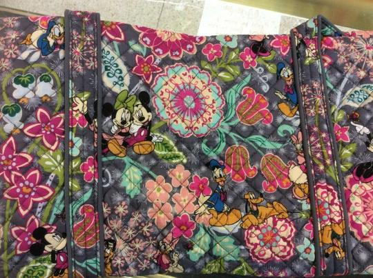 Vera Bradley Travel Bag Image 2
