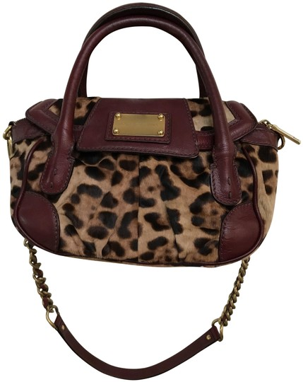Preload https://img-static.tradesy.com/item/25412439/dolce-and-gabbana-leopard-wine-calfhair-leather-shoulder-bag-0-1-540-540.jpg