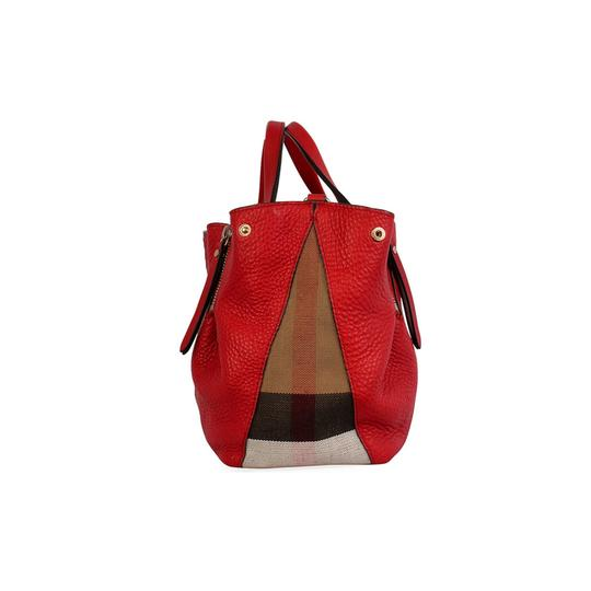 Preload https://img-static.tradesy.com/item/25414393/burberry-small-maidstone-red-leather-shoulder-bag-0-0-540-540.jpg