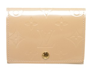 Louis Vuitton Louis Vuitton Beige Vernis Leather Card Holder Wallet