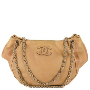 a2ffa4a70cc452 Chanel Classic Leather Chain Silver Hardware Logo Tote