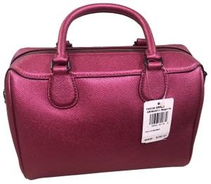 Coach Satchel in magenta