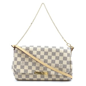 Louis Vuitton Favourite Clutch Mm Cross Body Bag