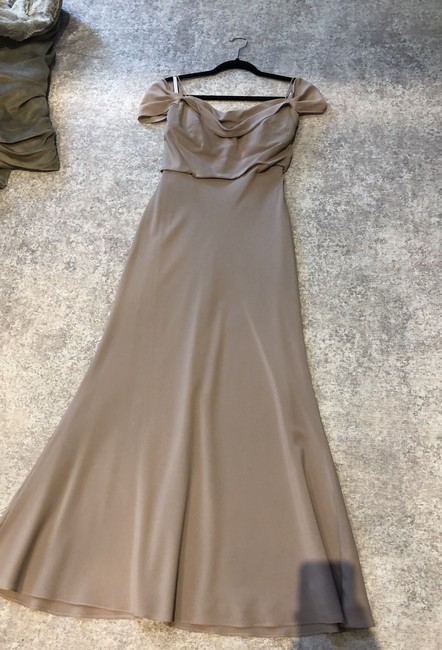 Item - Beige Formal Bridesmaid/Mob Dress Size 2 (XS)