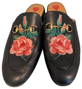 Gucci black with rose embroidery Mules
