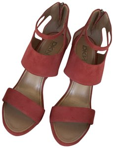 64ed9309a5 DKNY Sandals Suede 9.5 Peony Wedges