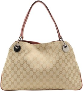 630b97e07822 Gucci Bags on Sale - Up to 70% off at Tradesy