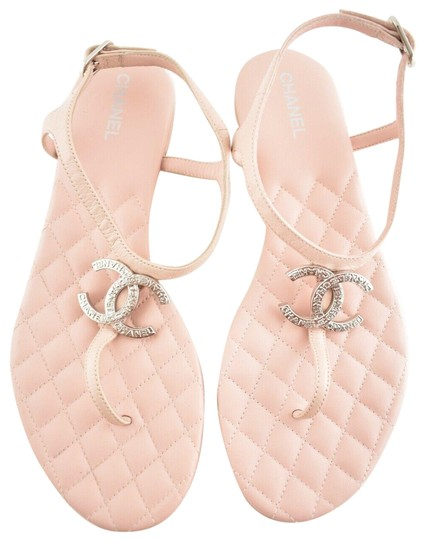 Preload https://img-static.tradesy.com/item/25416827/chanel-pink-18p-lambskin-quilted-cc-logo-thong-ankle-strap-slide-flat-sandals-size-eu-395-approx-us-0-1-540-540.jpg