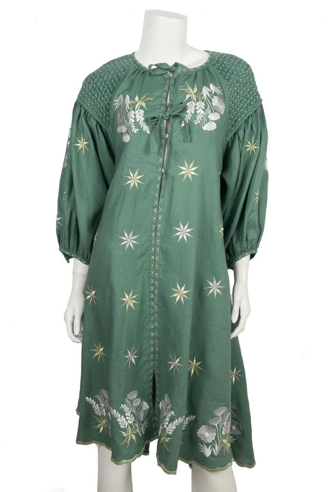 12fbdd959551e Green Embroidered Mid-length Casual Maxi Dress Size OS (one size) 43% off  retail
