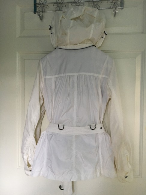 Burberry Hooded Rain Trench Ivory Jacket Image 7