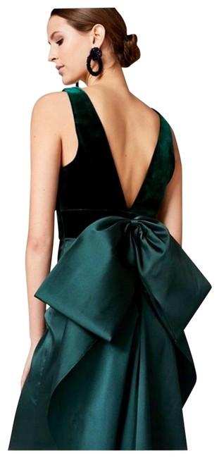 Preload https://img-static.tradesy.com/item/25418935/sachin-babi-green-and-long-formal-dress-size-10-m-0-2-650-650.jpg