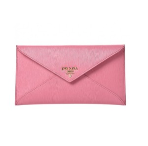 cddb54167cd3e7 Prada Clutches on Sale - Up to 70% off at Tradesy (Page 2)