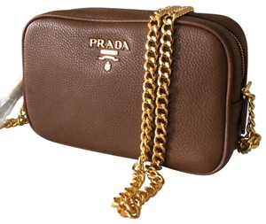 84868ba5a95a Prada Crossbody Bags - Up to 70% off at Tradesy