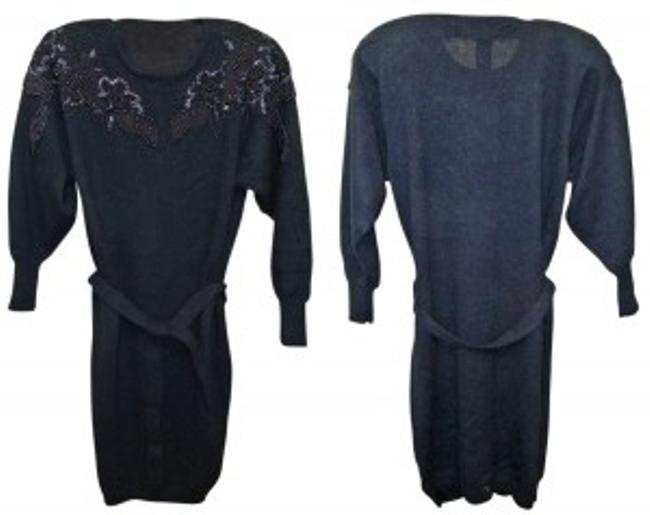 Preload https://img-static.tradesy.com/item/25422/belldini-black-4916-acrylic-beaded-sweater-above-knee-night-out-dress-size-8-m-0-0-650-650.jpg