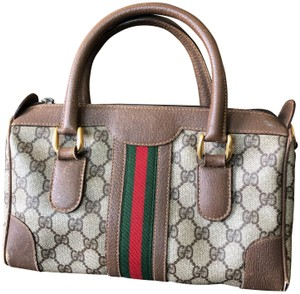 37f16fd604 Gucci Vintage Monogram Classic Gold Hardware Logo Cross Body Bag