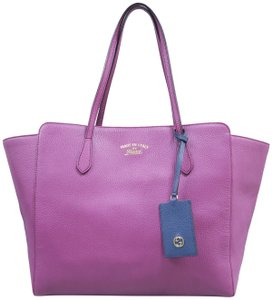 8eb889c45932f2 Gucci Swing Tote Bags - Up to 70% off at Tradesy (Page 2)