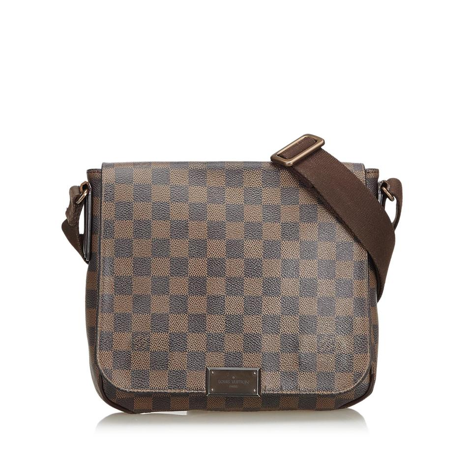 efb56b4dc8a Louis Vuitton District Damier Ebene Pm France Brown Coated Canvas Leather  Cross Body Bag