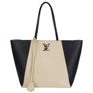 Louis Vuitton Limited Edition Lockme Leather Tote in black