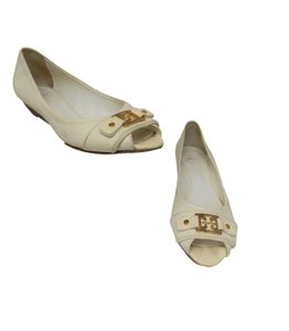 Tory Burch Gold Hardware Leather Nice Fascinante Luxury Cream Flats