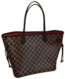 b8598017ab8bf8 Louis Vuitton on Sale - Up to 70% off LV at Tradesy (Page 2)