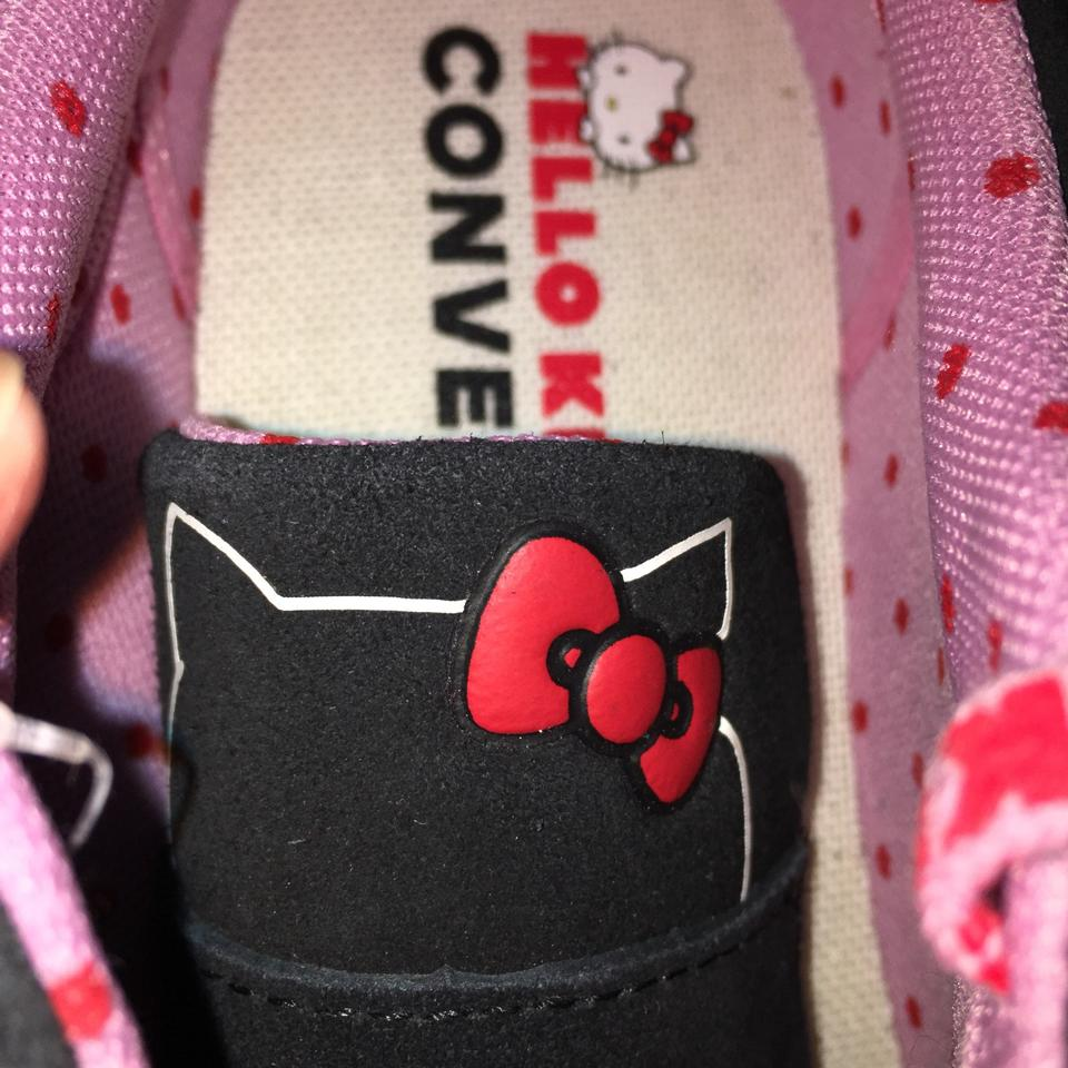 2350205cebb Converse Black/Prism Pink/Egret Hello Kitty One Star Low Top Sneakers Size  US 8 Regular (M, B)