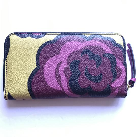 Burberry Burberry Peony Rose Print Haymarket Check & Leather Zip Around Wallet Image 7