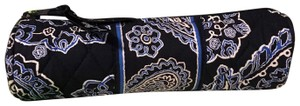 Vera Bradley Vera Bradley On a Roll Case in Blue Bandana