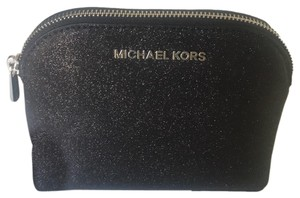 2b146782b1731c Michael Kors Clutches - Up to 70% off at Tradesy