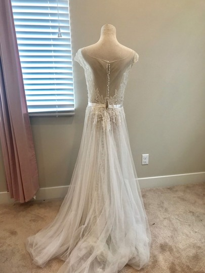 Watters Farah Tulle and Lace Formal Wedding Dress Size 10 (M) Image 7