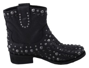 MIA LIMITED EDITION Black Boots