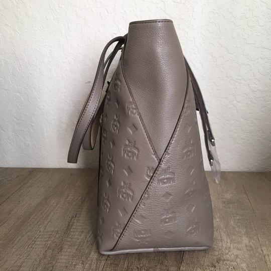 MCM Tote in taupe Image 2