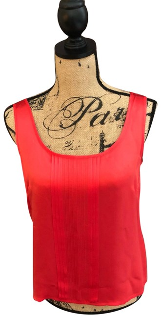 Preload https://img-static.tradesy.com/item/25432149/escada-red-elegant-women-s-sleeveless-silk-us-38-eu-tank-topcami-size-8-m-0-1-650-650.jpg