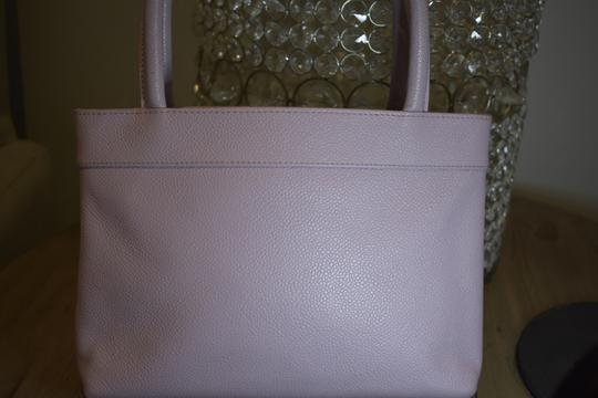 Chanel Tote in Purple Image 6