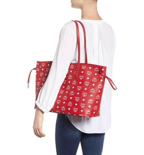 MCM Tote in red Image 8