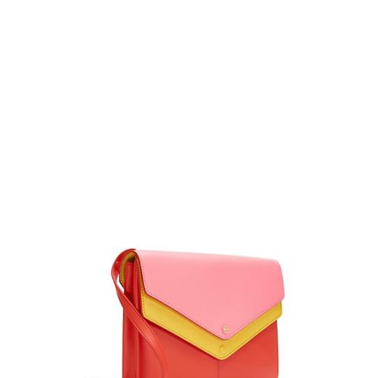 Preload https://item2.tradesy.com/images/tory-burch-tricolor-yellow-leather-cross-body-bag-25432376-0-1.jpg?width=440&height=440