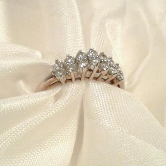 Ross-Simons 10K 0.98 Carat CZ Cathedral Setting Solitairs Engagement Promise Wedding Ring Image 2