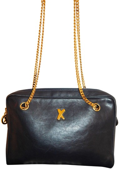 Preload https://img-static.tradesy.com/item/25432432/paloma-picasso-shoulder-italy-gold-chain-medium-black-leather-cross-body-bag-0-1-540-540.jpg