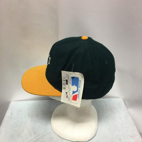 The Pro Vintage 90s Oakland's A Fitted Cap Image 3