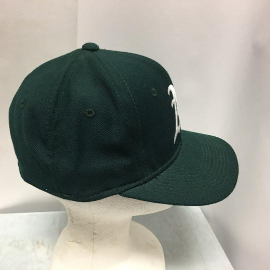 The pro Vintage 90s Oakland's A's Fitted Cap Image 1
