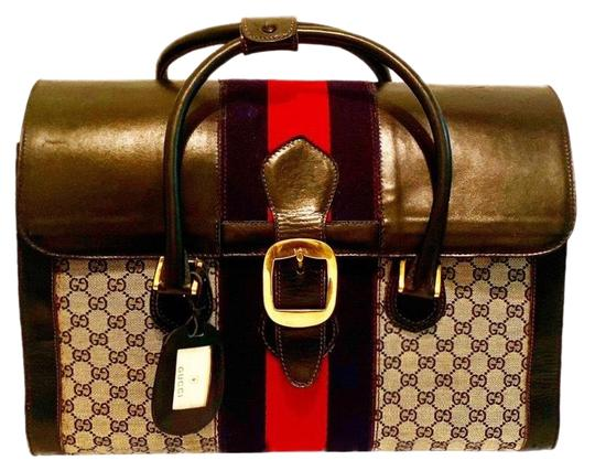 Preload https://img-static.tradesy.com/item/25432671/gucci-vintage-gg-plus-web-weekendtravel-bag-0-2-540-540.jpg