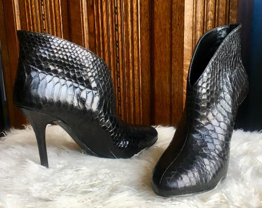 Vince Camuto Black Leather Boots Image 8
