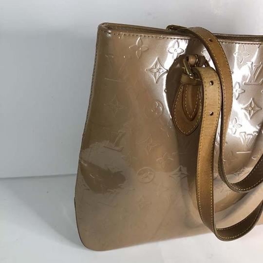 Louis Vuitton Tote in Beige Image 1