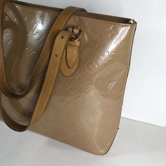 Louis Vuitton Tote in Beige Image 2