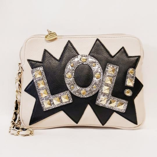 Betsey Johnson White Clutch Image 5